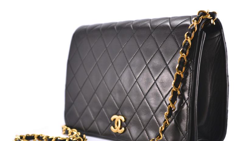 Luxusní kabelka jako dobrá investice  Ano! - FASHION ZOOM b18bb2dafd0
